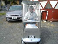 ソーラーシステム付き電動車椅子