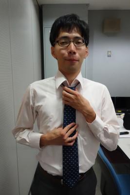 浅羽さんこだわりのネクタイ。締められました。