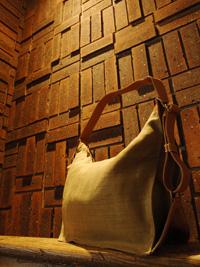 ジュートのバッグ