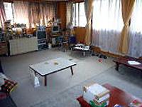 多文化まちづくり工房の事務局の一室。 外国籍の子供達の放課後の居場所にもなる。