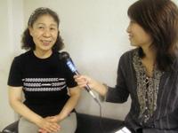 理事長の池田澄江さんに中村キャスターがインタビュー