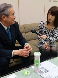 海老沢会長に新崎キャスターがインタビュー