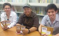 インタビュー に答えた学生さん達。左から林さん、齊藤さん、猪熊さん