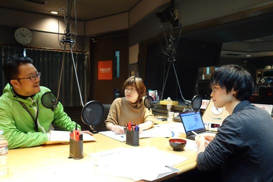「シン・ポジ出汁」担当、川原ディレクターがプレゼン。