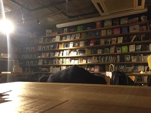 店内にはこんなにたくさんの本が!