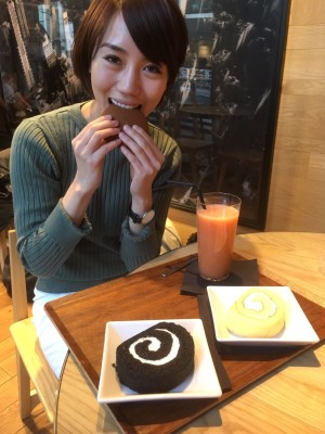 にんじん生姜スムージーとグルテンフリーのデザートたち