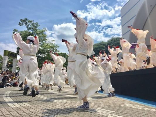 ▲「天空しなと屋 しん」の演舞(代々木公園ステージ)