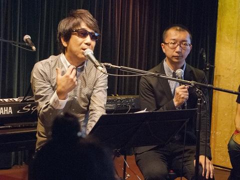 自らのいじめ体験などを語る木根さん(左)と寺井さん(右)