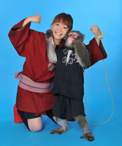 ゆりありく 〜猿まわしの世界〜